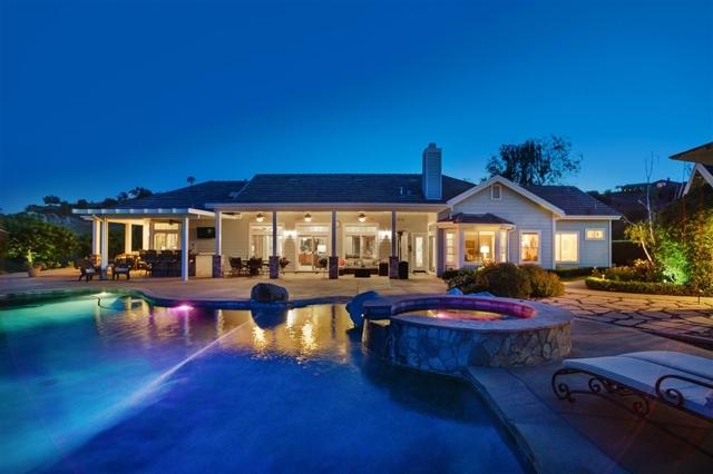 982 River Oaks Ln, Fallbrook, CA 92028