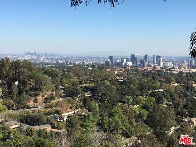 860 LINDA FLORA Drive, Los Angeles, CA 90049