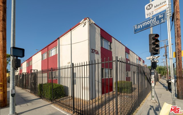 3756 Raymond Ave is an exceptional investor/developer opportunity in Los Angeles, California. It is located on the corner of Raymond Avenue and Exposition Boulevard. The property is situated North of Exposition, South of Jefferson, West of Vermont Avenue, and East of Normandie Avenue. It is located 2 blocks from University of Southern California/Exposition Park and 2 blocks from the Expo/Vermont Metro Station. It is conveniently near places of worship, entertainment, shopping and all Los Angeles City attractions.This property is in the USC DPS Patrol Area referring to the immediate area around the university campuses and off-campus properties where DPS CSOs and PSOs provide 24/7 patrol services for the campus community.This building is composed of nineteen apartment dwellings. The building offers a combination of two bedroom units, one bedroom units, and a three bedroom unit.The building offers secure parking and laundry facilities. Laundry machines are owned and operated by the building. This property occupies 2 lots bordered by 3 main streets. Thirteen apartments will be delivered vacant at the close of escrow. Six are rent ready and seven require rehabilitation.