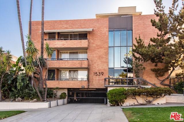 22. 1539 N Laurel Avenue #105 Los Angeles, CA 90046