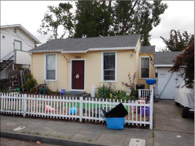 1660 Slater Street, Santa Rosa, CA 95404