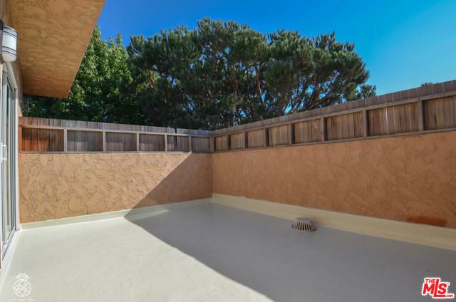7607 Saint Bernard, Playa Vista, CA 90293 Photo 23