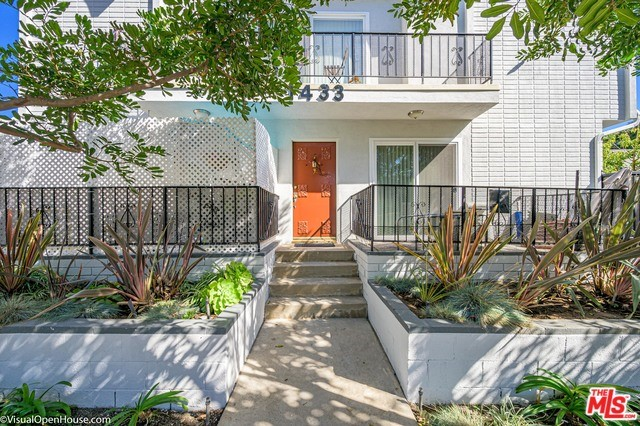 1433 10TH Street, Santa Monica, CA 90401