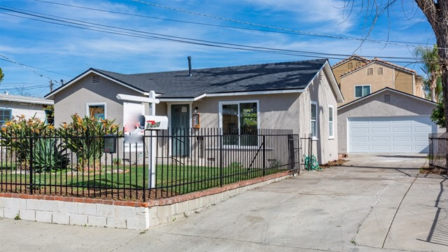 1400 S Orange St, Escondido, CA 92025