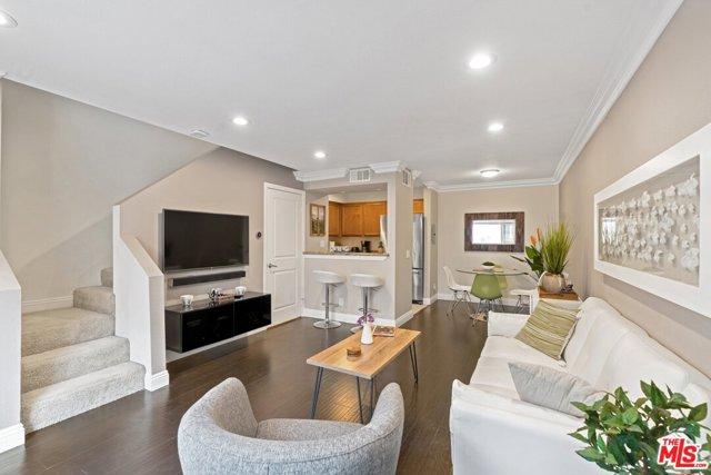 355 N MAPLE Street 234, Burbank, CA 91505