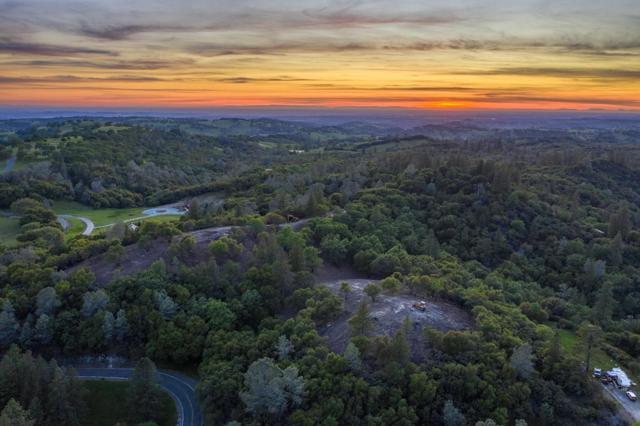 13513 Shake Ridge, Sutter Creek, CA 95685
