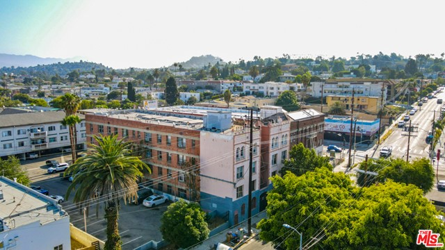 This is a great opportunity to purchase a value-add apartment building in the desirable Virgil Village neighborhood of East Hollywood.  Adjacent to Silverlake, this striking 4-story structure features 44 units iwth a diverse unit mix, an elevator, laundry room, separately metered electric and a solar water heating system.