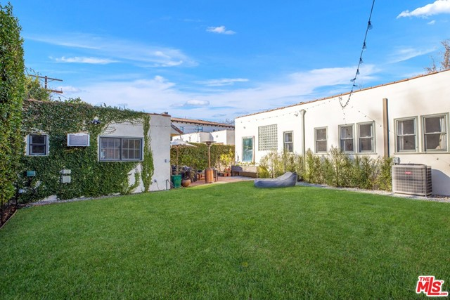Image 21 of 6438 Drexel Ave, Los Angeles, CA 90048