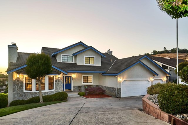 379 Photinia Lane, San Jose, CA 95127