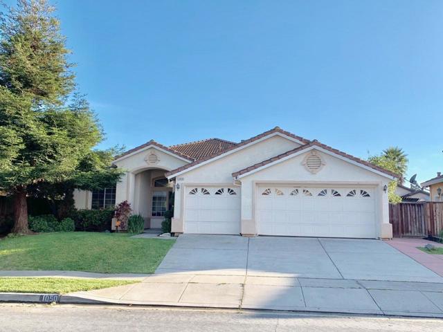 1050 Longfellow Drive, Salinas, CA 93906
