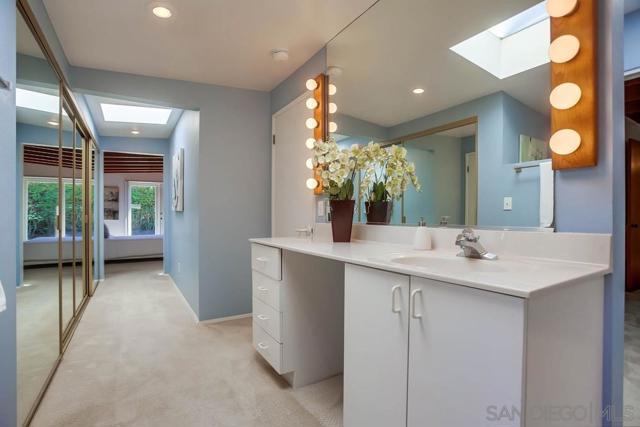 Image 25 of 5172 Shore Dr, Carlsbad, CA 92008