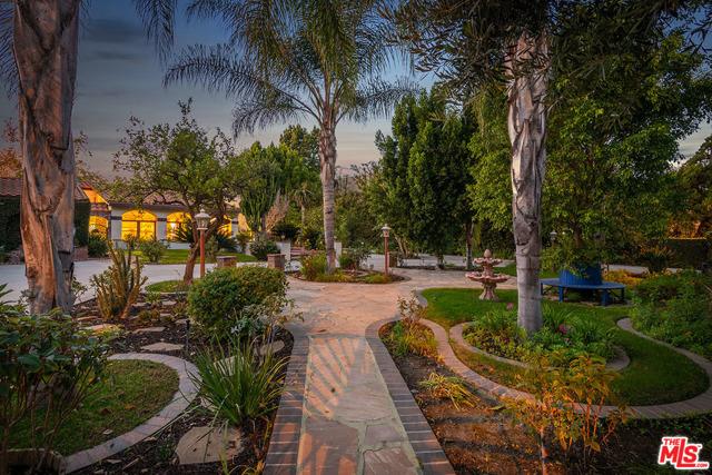 Photo of 4747 Forman Avenue, Toluca Lake, CA 91602