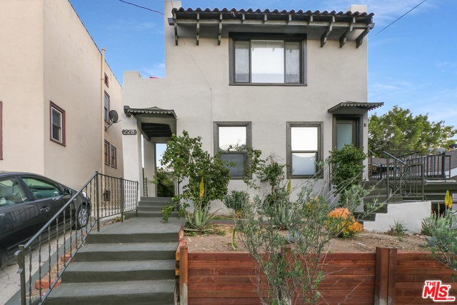 228 S PARK VIEW Street, Los Angeles, CA 90057