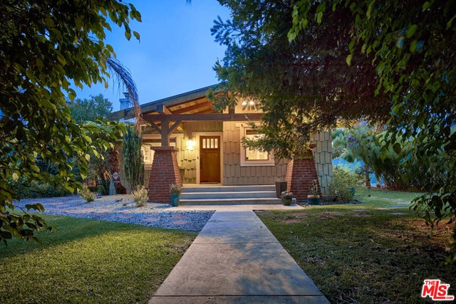 Nestled on a premier walk street, this quintessential craftsman is a tranquil garden oasis in the heart of Venice! Reimagined into the ultimate retreat, this duplex is your chance to embrace true serenity, privacy, and complete indoor/outdoor living at its finest and will capture your heart. //About this home: As you enter the main home, you will be taken by the charm and unique character of this original craftsman. This historical two-bedroom, one-bath home encapsulates true integrity of craftsmanship with original built-ins, a farmhouse sink, and touches of turquoise throughout. Open the windows and feel the ocean breezes or sit and relax in the sun that illuminates the space. As you move outside, you will enjoy a 2nd unit above the garage, that is currently tenant-occupied. This two-bedroom, one-bath unit has been updated and exudes a beachy vibe. Downstairs there is a separate laundry area and more storage. In addition to the 2-car garage, there are 3 more parking spaces on the exterior apron, perfect for guests.  //What you'll love Designated as a legal duplex, this property allows you the opportunity to live in the main house and have the back unit as a rental for passive income, or have friends, and guests over to enjoy the space. //The Neighborhood: Located just one block away from Abbot Kinney, you just steps away from critically acclaimed restaurants, trendy retail stores, and just a stones throw from the beach. This magical property is a must-see!