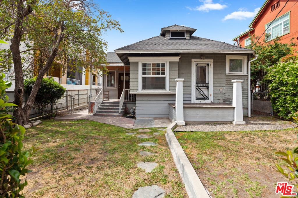 2216     Clifford Street, Los Angeles CA 90026