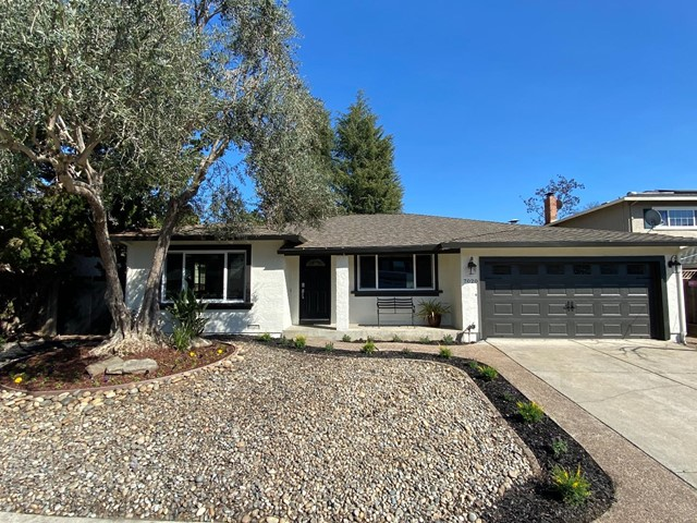 7020 Valley Forge Drive, Gilroy, CA 95020