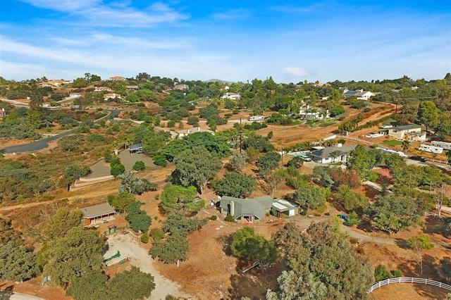 1102 Alpine Oaks, Alpine, CA 91901