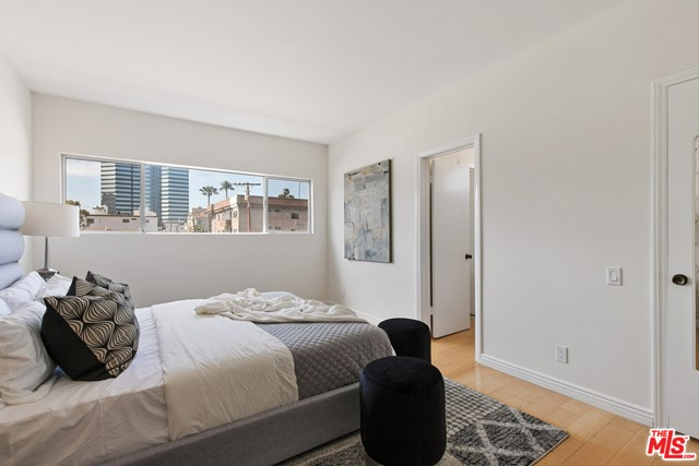 16. 1424 Amherst Avenue #306 Los Angeles, CA 90025