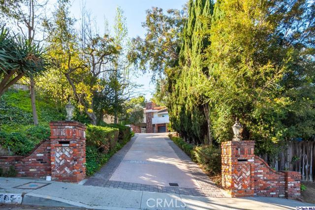 2789 Claray Drive, Los Angeles, CA 90077