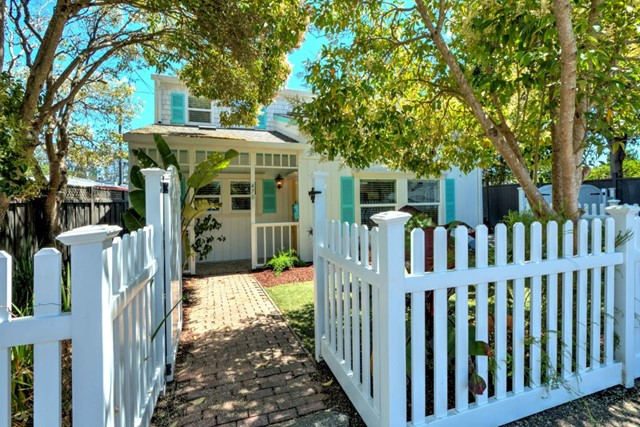 470 Assembly Avenue, Santa Cruz, CA 95062