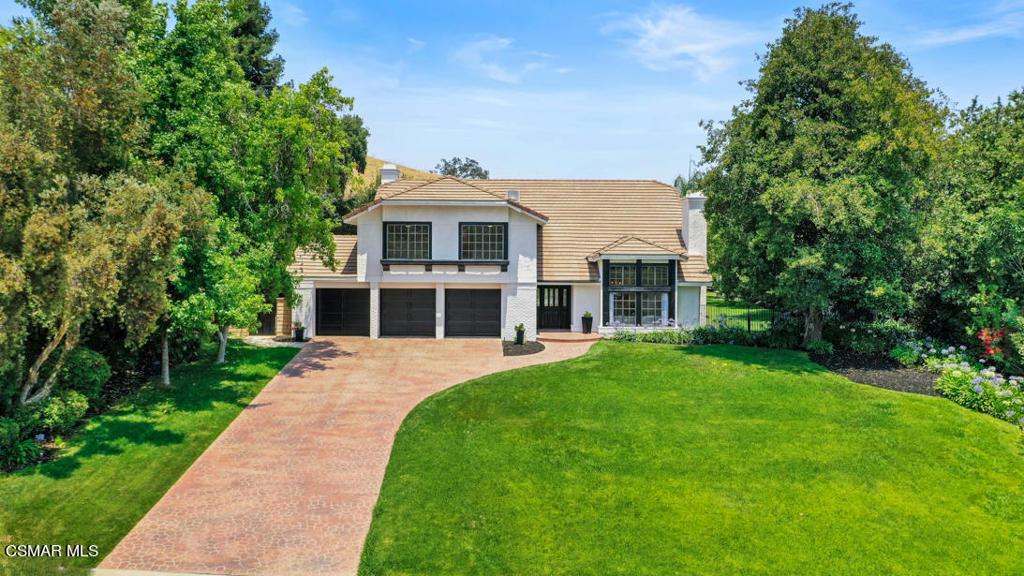 29615     Kimberly Drive, Agoura Hills CA 91301