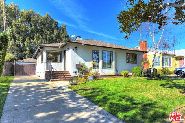 7921 MCCONNELL Avenue, Los Angeles, CA 90045