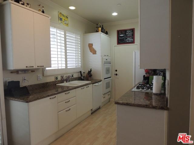 2220 ROCKEFELLER Lane A, Redondo Beach, California 90278, 3 Bedrooms Bedrooms, ,3 BathroomsBathrooms,For Rent,ROCKEFELLER,18316548