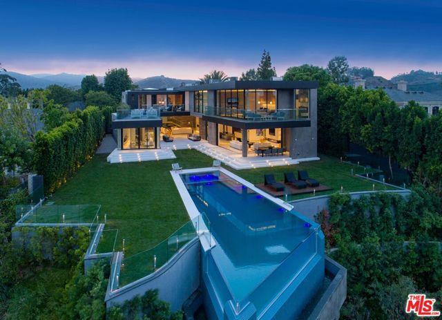 11507 Orum Rd, Los Angeles, CA 90049