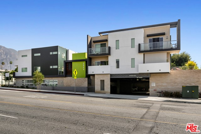 Millard Creek in a new construction luxury townhome mixed-use community built in 2019 and located in Altadena, California. The property is not subject to rent control and consists of both residential and commercial retail/office spaces. The residential units consist of eight (8) two-story townhomes each with 2 beds and 2 1/2 baths that range in size from 1,600-1,760 SF. In addition, there is a 1 bed/1 bath single-story residential unit dedicated as an affordable income unit. Lastly, there are two 1,000 sq. ft. commercial spaces currently occupied both with 5-year leases signed in 2020. This new development is nestled in the charming area of North Lake Avenue with units that feature breathtaking views of the San Gabriel mountains. The subject property is surrounded by million-dollar homes and sits just a few blocks from the Montecedro Senior Living Project and is also close to JPL and the Estate Area of Altadena.