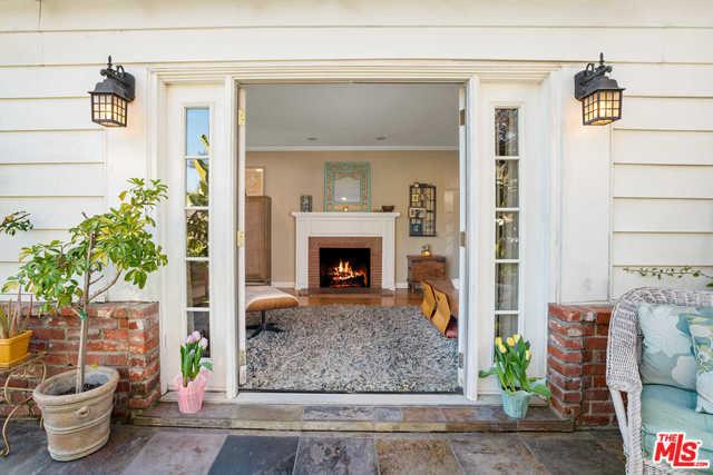 451 S FAIRVIEW Street, Burbank, CA 91505