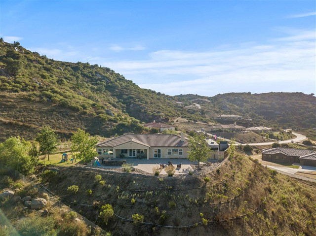 12884 Vineyard Crest Pl, Lakeside, CA 92040