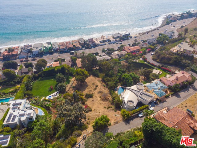 A once-in-a-lifetime incredible development opportunity to build your dream home overlooking the Pacific Ocean on prestigious Rambla Vista. Plan will be delivered with a green stamp for an approx. 6,000 sq.ft. custom home with 5 bedrooms. Large useable lot surrounded by multiple million dollar estates. Enjoy the serene, private, and 180 degree head on ocean views. Use the expensive already made plans, or start fresh with your own. This is perfect for the developer looking to make a profit or for an owner-user. You will not find another parcel as special as this on the Westside.