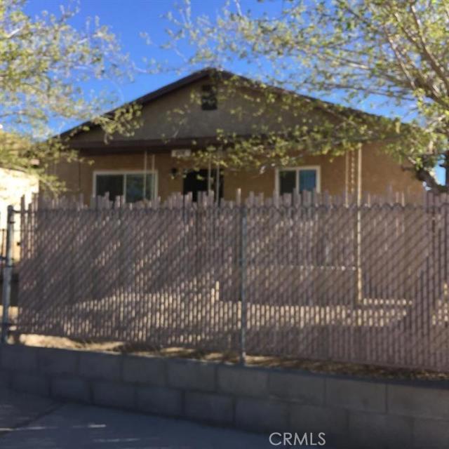 608 E Buena Vista Street, Barstow, CA 92311