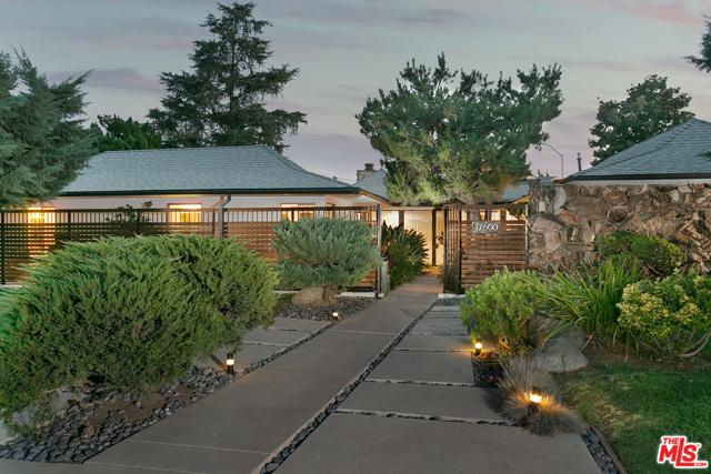 17600 Lemarsh St, Northridge, CA 91325 Photo