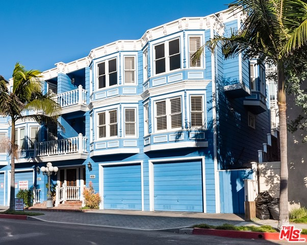 2404 MANHATTAN Avenue A, Manhattan Beach, CA 90266