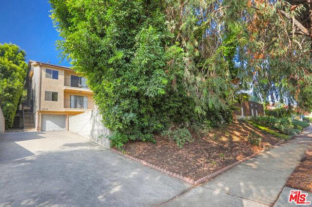 2711 GLENDALE Boulevard, Los Angeles, CA 90039