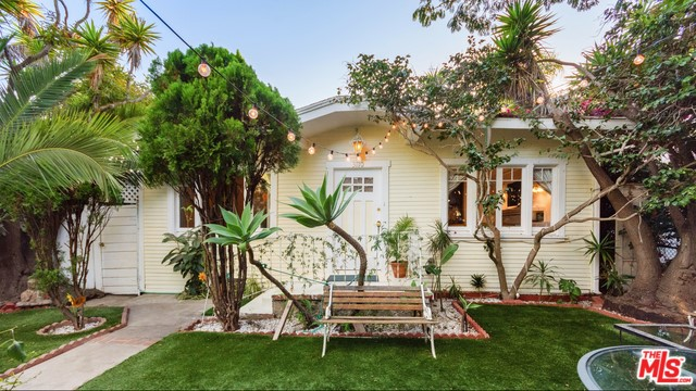 3110 HIGHLAND Avenue, Santa Monica, CA 90405
