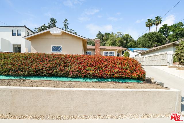 739 Crescent Drive, Monrovia, California 91016, 3 Bedrooms Bedrooms, ,2 BathroomsBathrooms,Residential,For Sale,Crescent,21729992