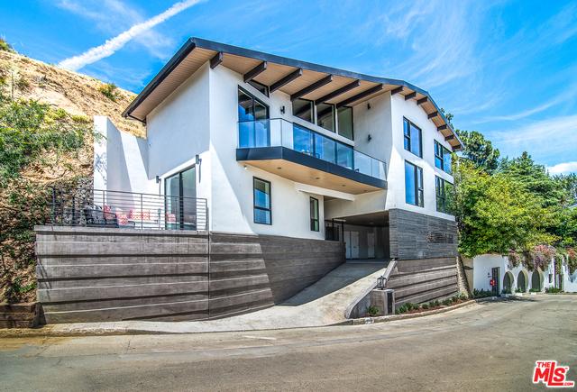 6939 OPORTO Drive, Los Angeles, CA 90068