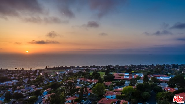 2501 Via Olivera, Palos Verdes Estates, California 90274, 4 Bedrooms Bedrooms, ,3 BathroomsBathrooms,For Sale,Via Olivera,20612590