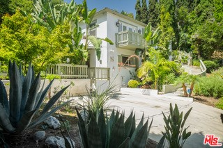 1063 ONEONTA Drive, Los Angeles, CA 90065
