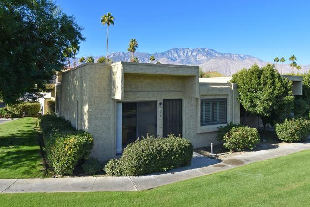 5829 Los Coyotes Dr, Palm Springs, CA 92264