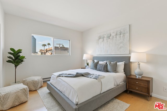21. 1424 Amherst Avenue #306 Los Angeles, CA 90025