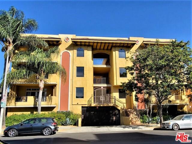850 N HUDSON Avenue 102, Los Angeles, CA 90038