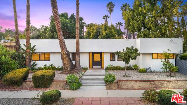 20213 OXNARD Street, Woodland Hills, CA 91367