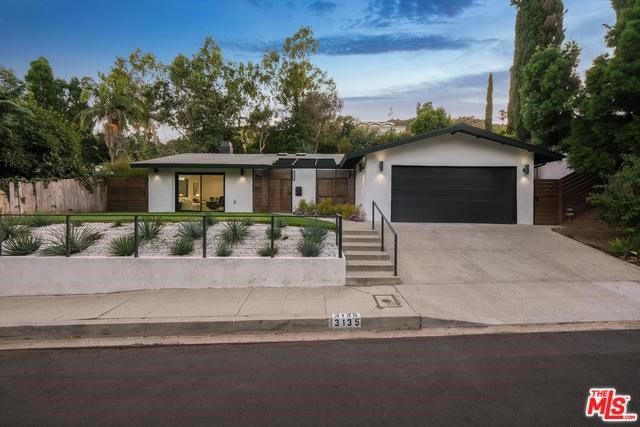 3135 Nichols Canyon Rd, Los Angeles, CA 90046
