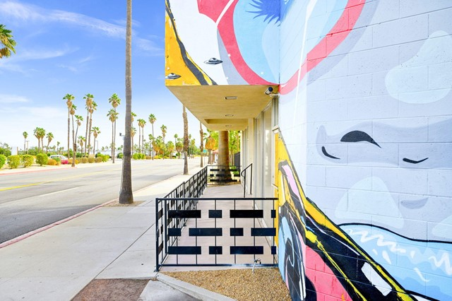 Image 4 of 2481 N Palm Canyon Dr, Palm Springs, CA 92262