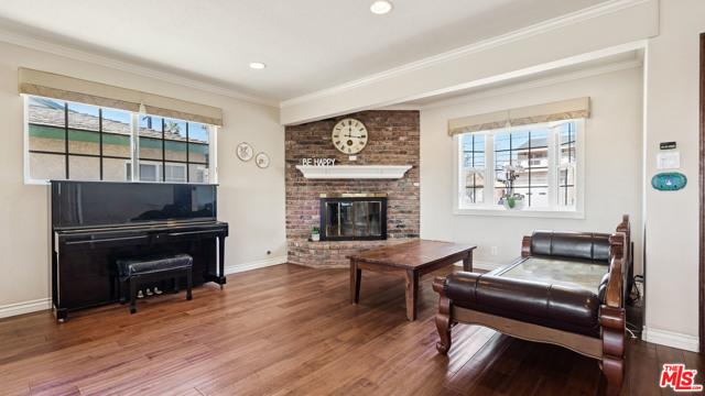2104 Havemeyer Lane, Redondo Beach, California 90278, 3 Bedrooms Bedrooms, ,2 BathroomsBathrooms,For Sale,Havemeyer,21710370