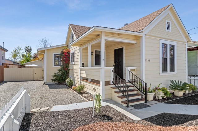 1233 Locust Street, San Jose, CA 95110