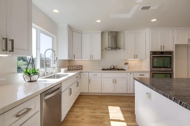 16318 Orchard Bend Rd, Poway, CA 92064